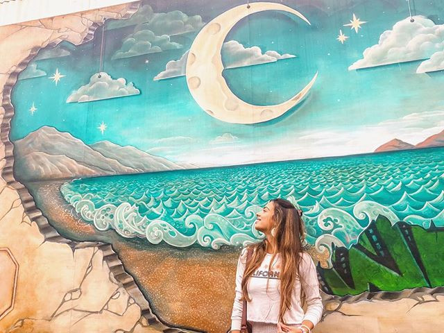 Ocean graffiti wall with the sky and the moon