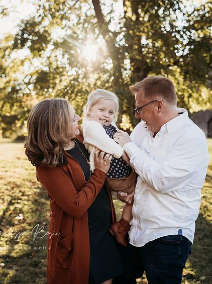 Tomasi - Family Portrait Session | Melissa Rosic Photography, WV Family Photographer