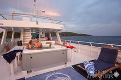 Roatan-Yacht21-X2