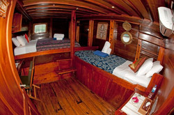cabin_9_LR