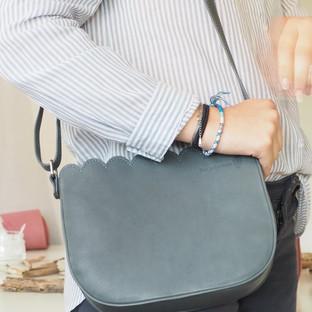 sac besace en cuir véritable Deux petites mains