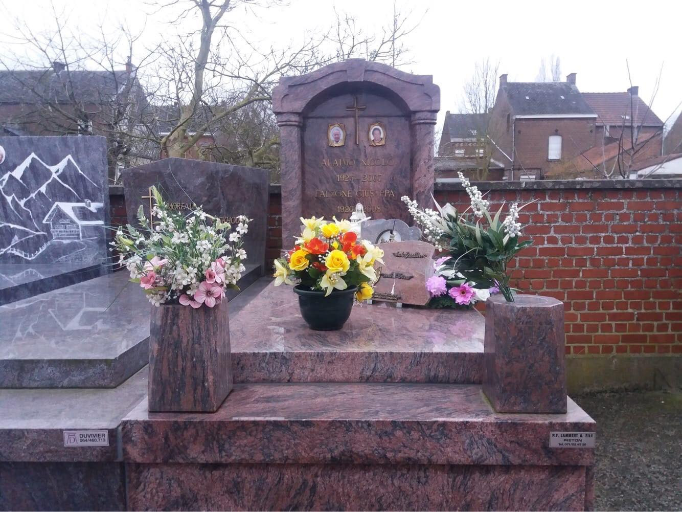 pierre tombale10.jpg