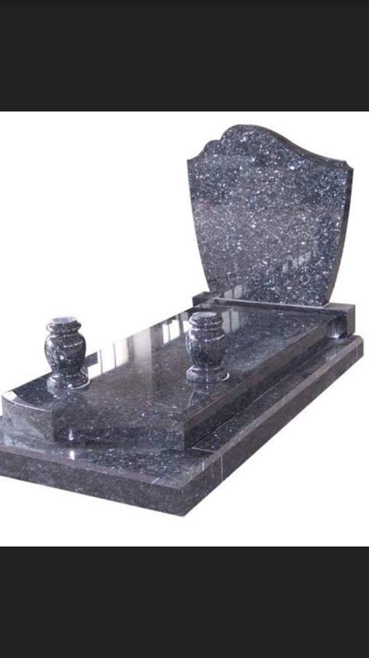 pierre tombale7.jpg
