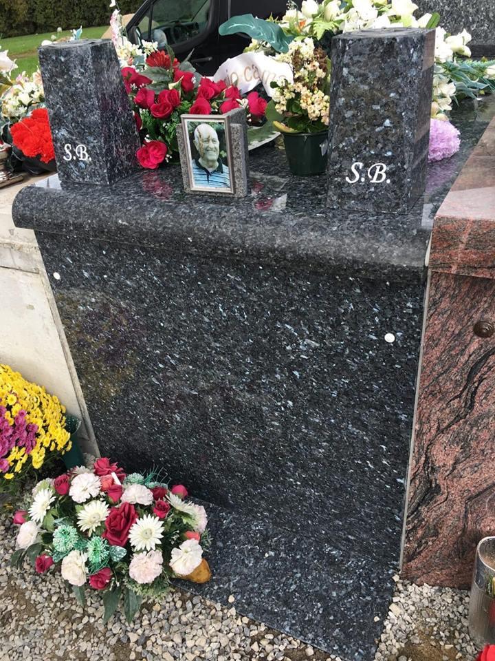 pierre tombale2.jpg