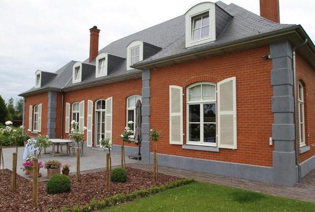 maison_façade_PB.jpg