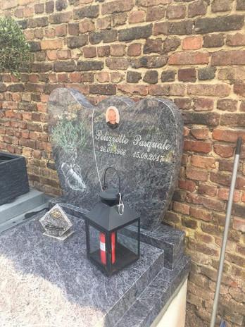 pierre tombale6.jpg