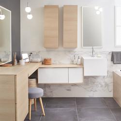 marbre en salle de bain