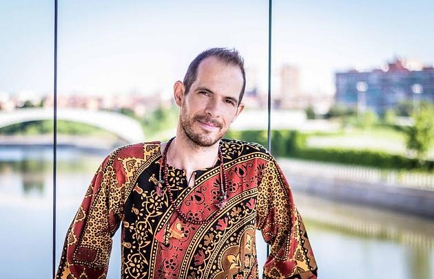 Arnaud Hos Naturopata y Nutricionista Ayurveda