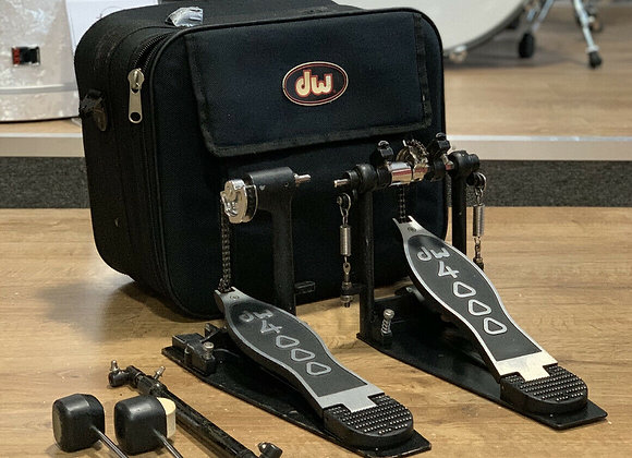 DW 4000 DOUBLE BASS PEDAL #421