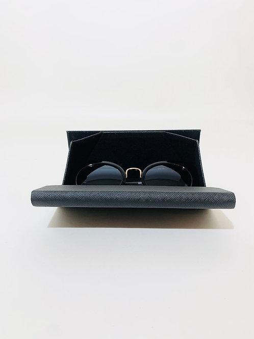 boitier lunettes de soleil noir