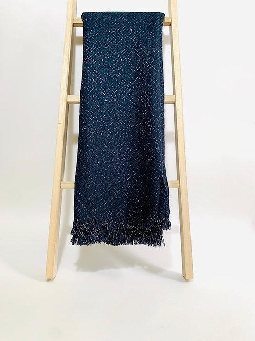 écharpe brillante bleu marine femme hiver