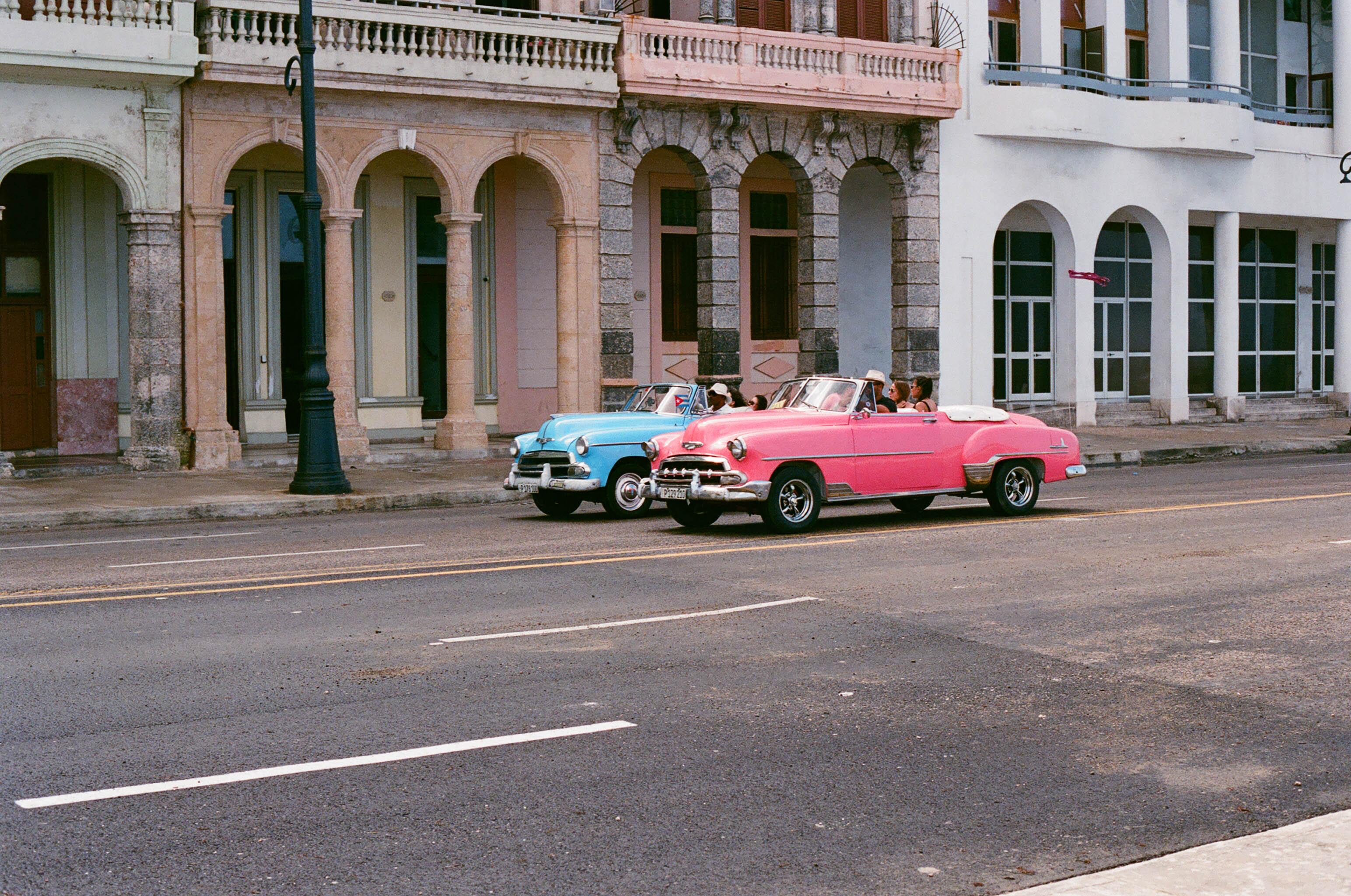 Cuba drag race.jpg