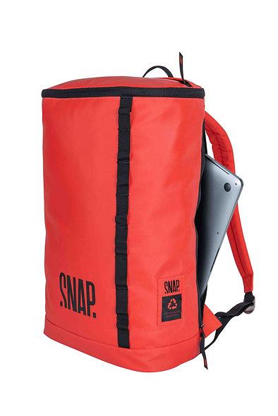 Snap Backpack 18L
