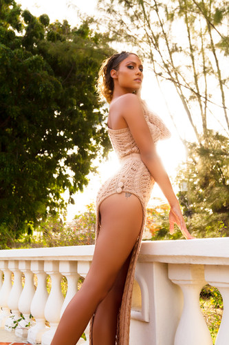 LOUD 87 - Summer Bronze - Tamina - Nude