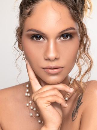 LOUD 87 - Tamina White - White Pearls_001.jpg