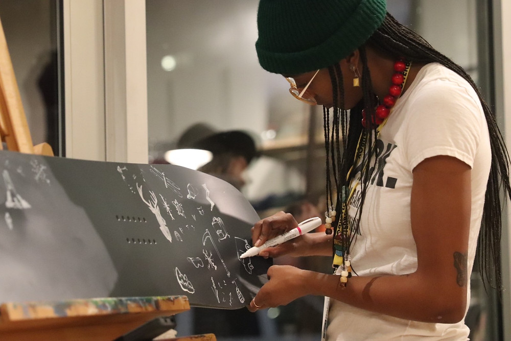 Living drawing at the SISU MAgazine release party. Jan 29th. Photo by CJ Goulding