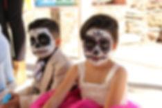 halloween-costume-1796379_1280-696x464.jpg