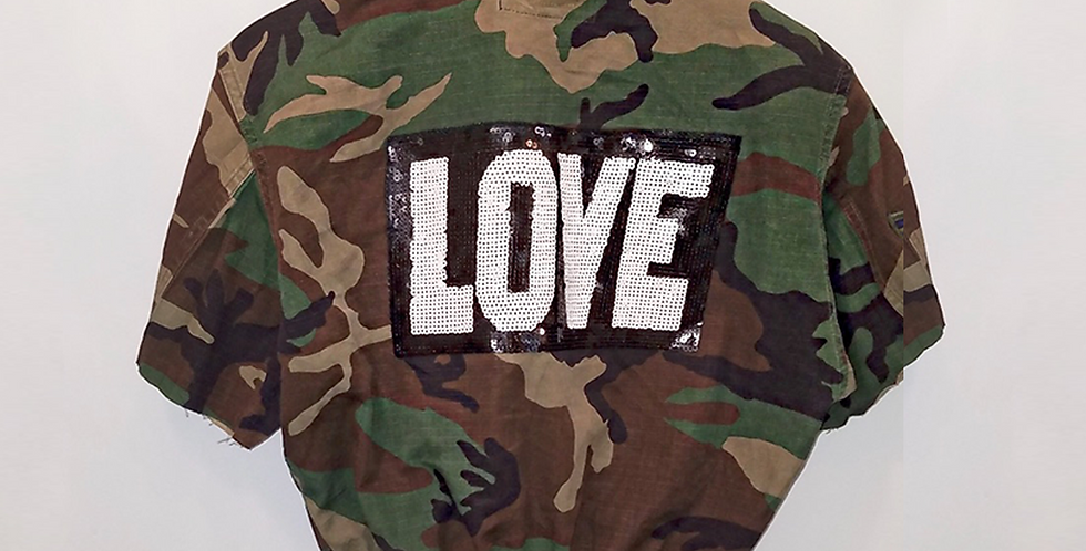 Short Camo Love Jacket