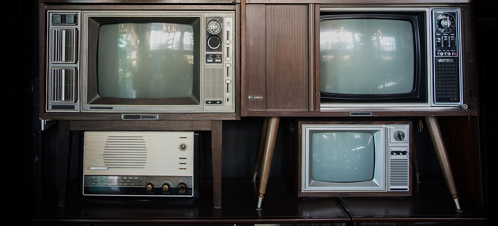 Old%20Televisions%20and%20Radios_edited.