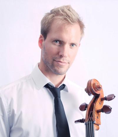 Jeremy Genet - violoncelle (c) Jeremy Denon