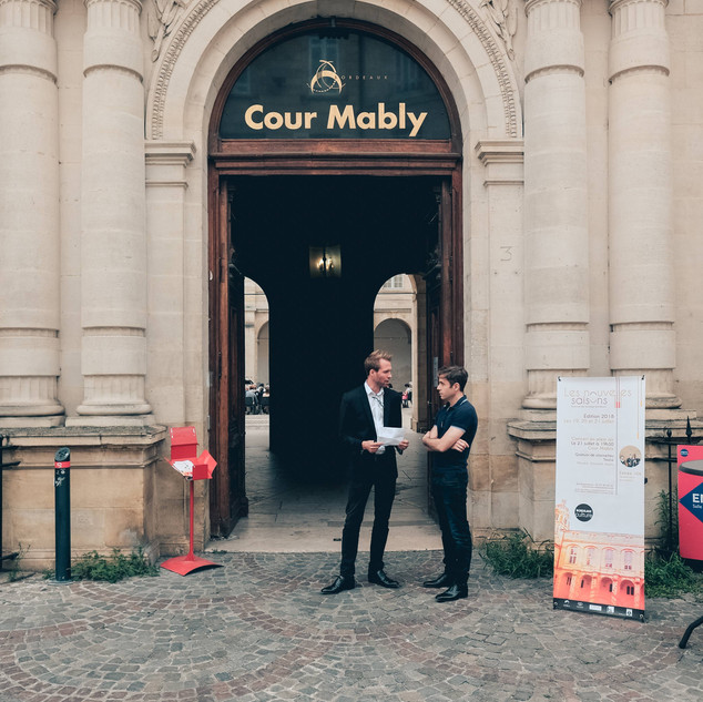 La cour Mably
