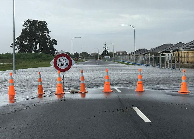 flooding-2255342_1920.jpg