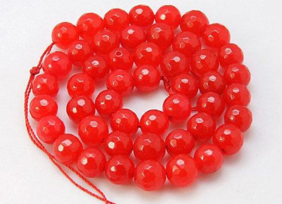 Jade rouge à facettes 10mm - 37 perles par fil