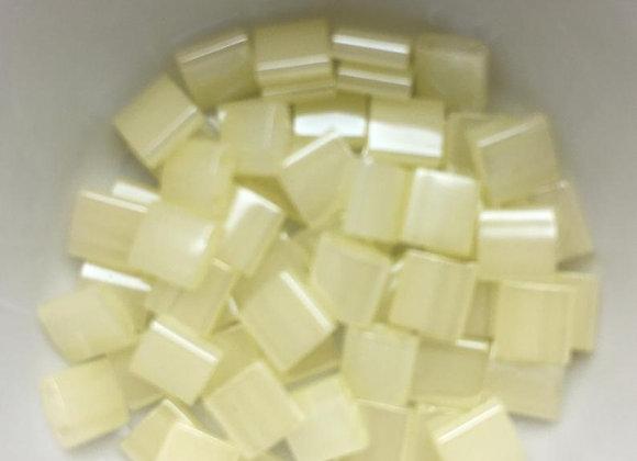 5g Miyuki Tila - Butter Cream Ceylon - TL0513