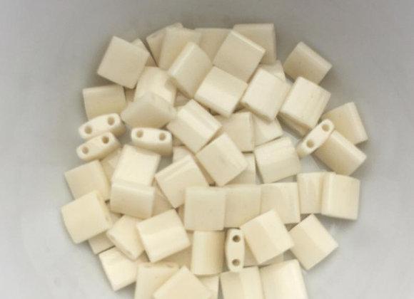5g Miyuki Tila - Ivory Pearl Ceylon - TL0491