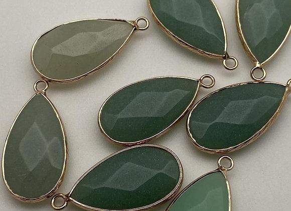 Pendentif goutte jade blanc 33x16x6mm - teinté vert