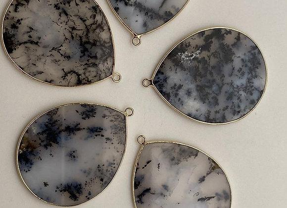 Pendentif goutte opale noir 41x32x2mm naturel