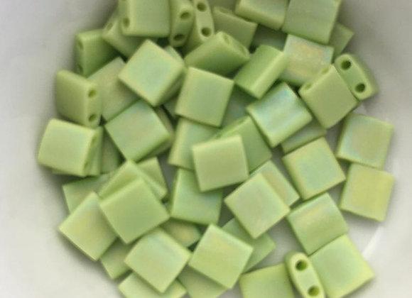 5g Miyuki Tila - Opaque Chartreuse Matted AB - TL0416FR