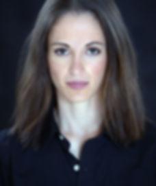 Vivian Davidson headshot email (3)_edite