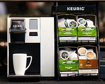 Keurig single cup coffee system with tea pods to the side