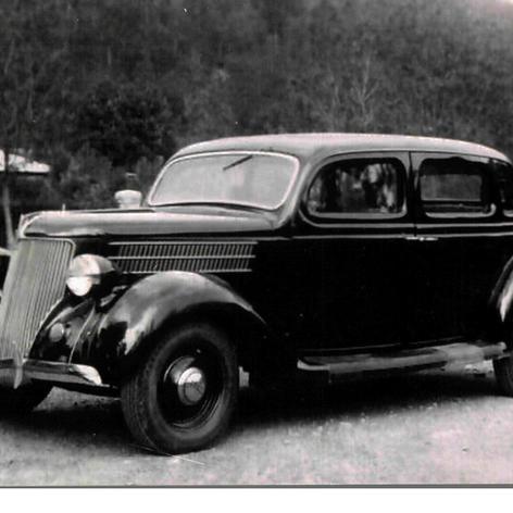 Marca Ford, model V8-1936.