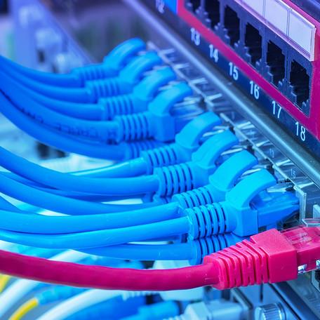 Acaba la implantació de l'administració electrònica a Molló.