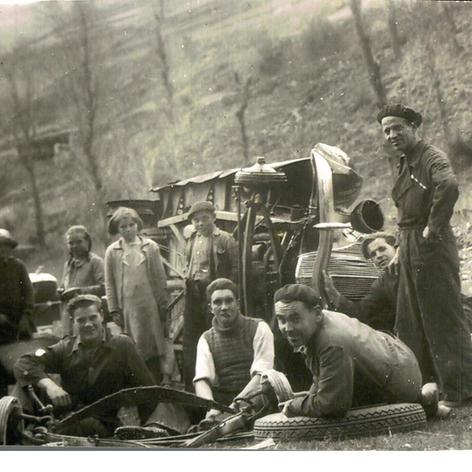 Vehicle confiscat durant la Guerra Civil a Taxis Cuadrado.