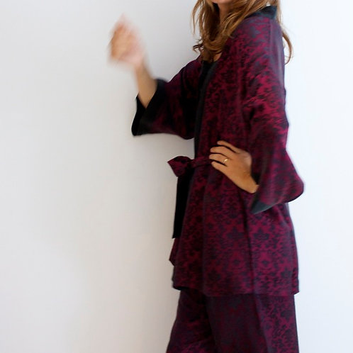 European Collection short silk kimono