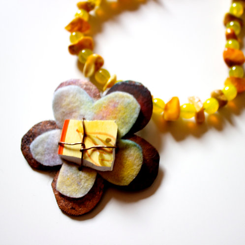 KATE SHONE Amber necklace