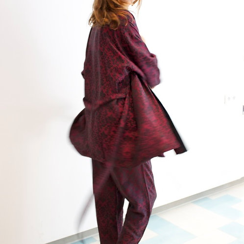 European Collection knee length silk kimono robe