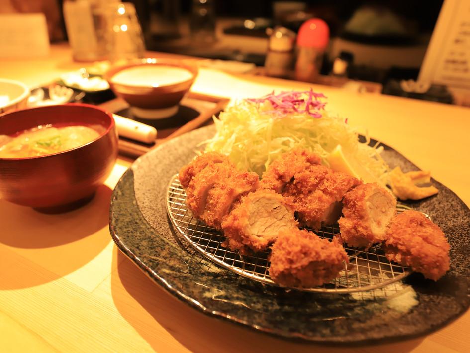 ひれかつ単品(ご飯お味噌汁別) キャベツおかわりできます  240g ¥1800 190g  ¥1600 150g  ¥1400