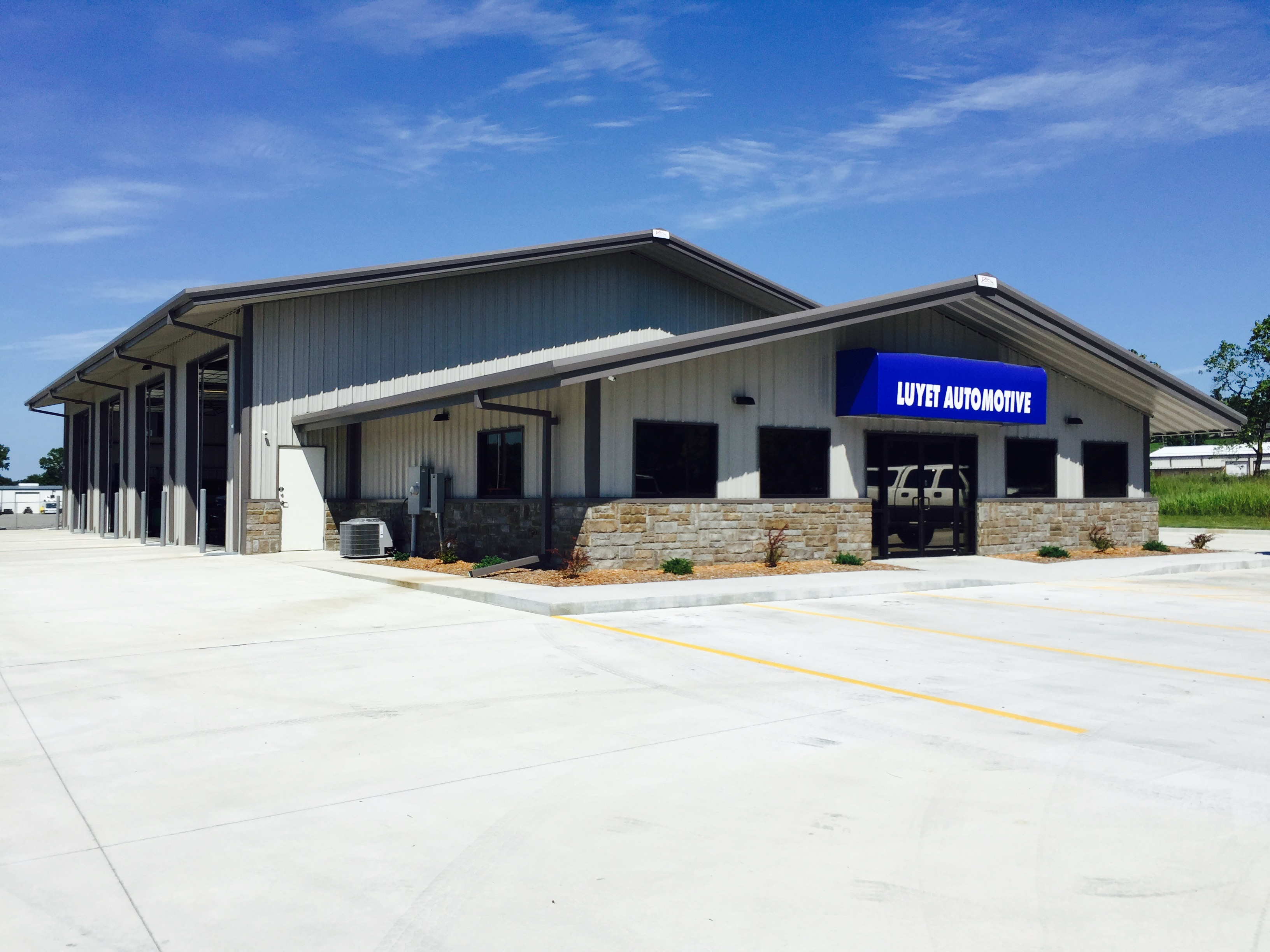 Pinnacle Building-Luyet Automotive, Cadron, AR