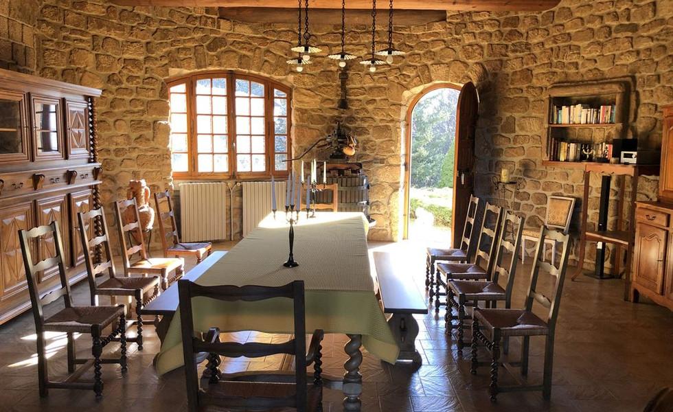 ardeche-location-gite-chateau-rousset