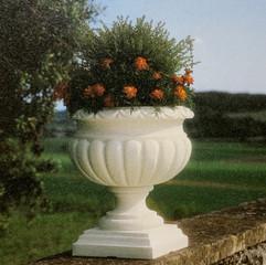 Etrusca Vase - White/Charcoal