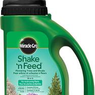 Miracle-Gro Shake 'N Feed - Flowering Trees