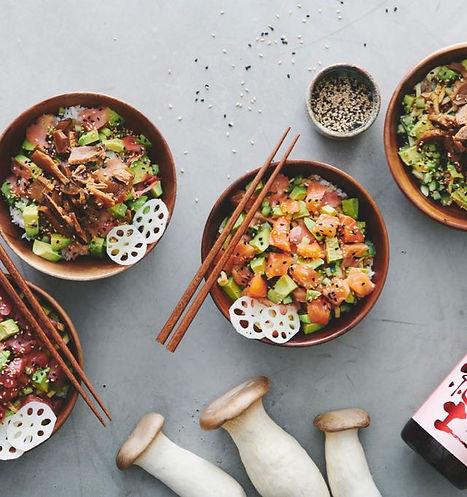 nakka-bowls-withsake-web.jpg