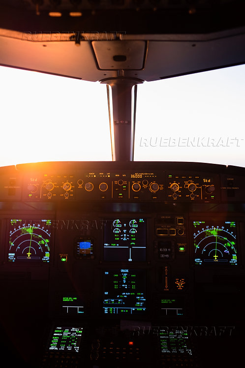 Sunset Cockpitview A320