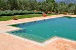 Empresa construcción piscina desbordante Mallorca