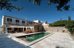 Casa estilo mallorquín con piscina