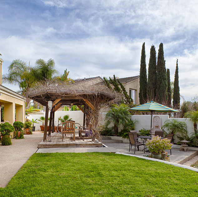 3992 Primavera Road Santa Barbara, California